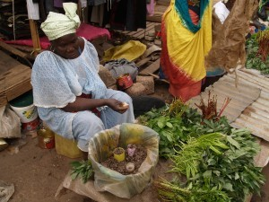 04-woman-vendor-nere-leaves-300x225