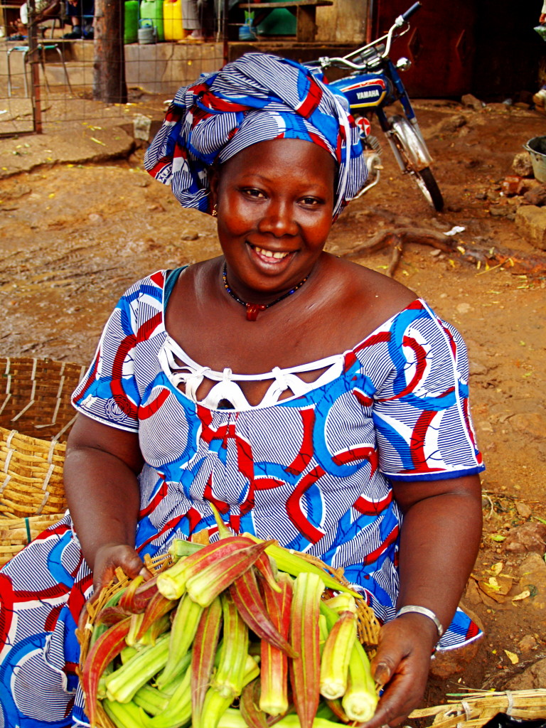 Ma Coulibaly selling fresh okra in the Medina Market in Bamako, Mali (photo by Joan Baxter)