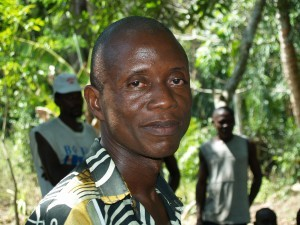 At the secret meeting in Kpaka Chiefdom, elders and youth leaders express their anger at the Paramount Chief for his having signed away their land without consulting them. (Photo: Joan Baxter)